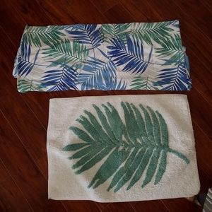 Shower curtain palms and matching rug
